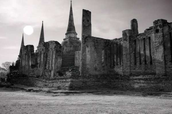 Sun over Ancient Temple Ruin, Thailand | black & white photography |