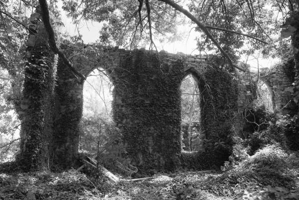 Unionville Church Ruins, Maryland | black & white infrared photography |