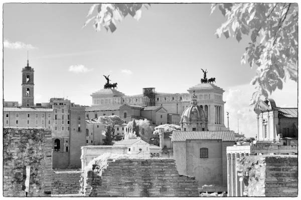Victor Emmanuel Monument, Rome, Italy | black & white photography |
