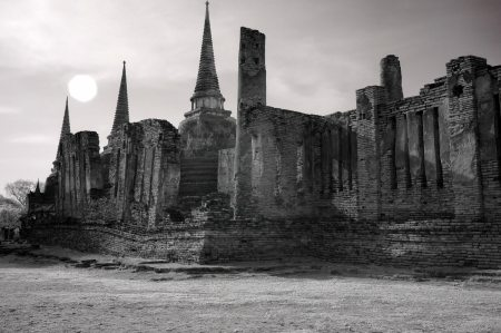 Sun-over-Ancient-Temple-Ruin, Thailand | black & white photography |