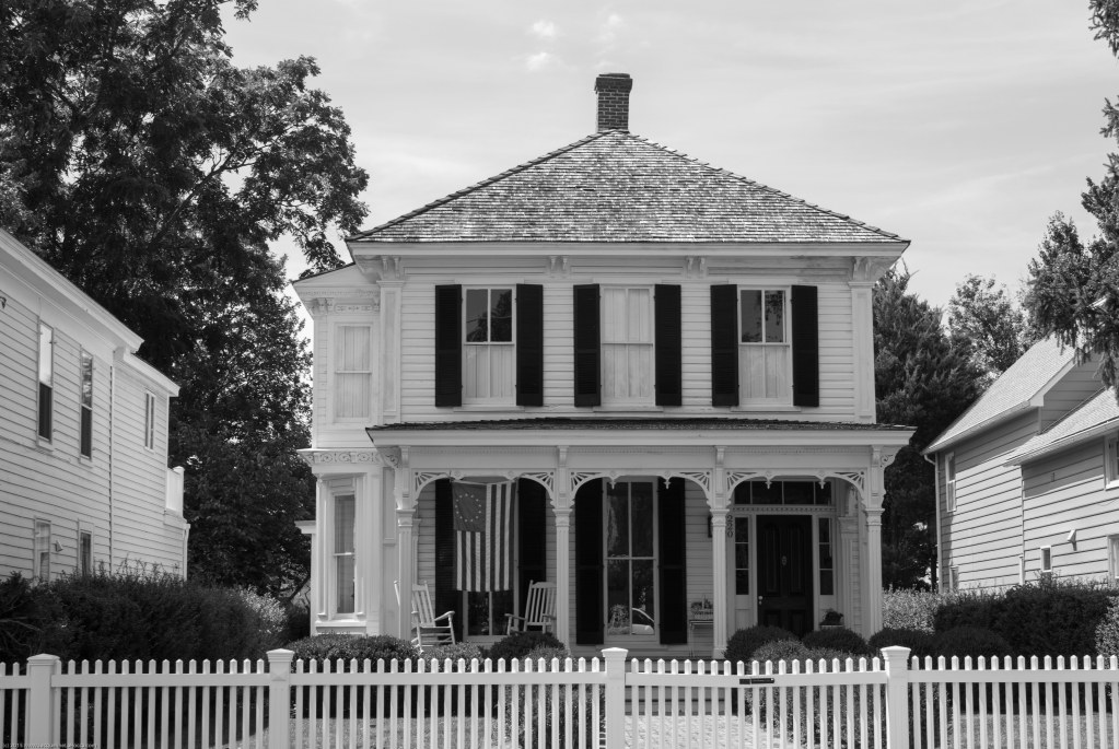 Historic House Oxford Maryland | black and white photography by Jacqueline LaRocca